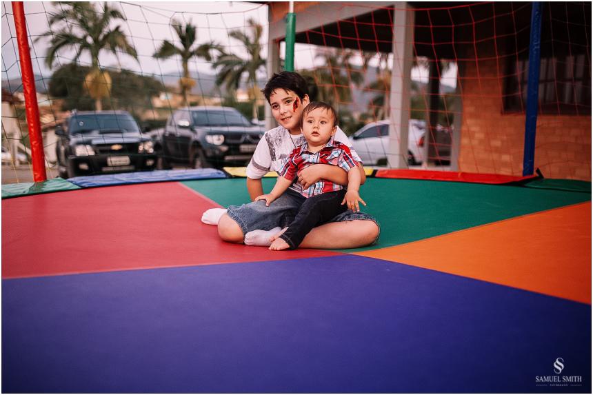 aniversario-infantil-crianca-armazem-sc-fotografo-festa-de-1-ano-tema-derocacao-1-ano-1-aninho-samuel-smith-62