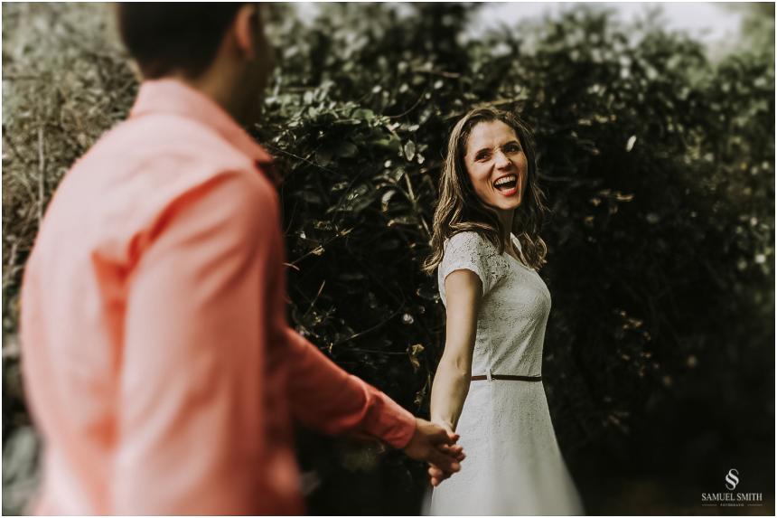 book-pre-casamento-noivos-fotos-de-casal-pre-wedding-guarda-do-embau-laguna-sc-fotografo-samuel-smith-13