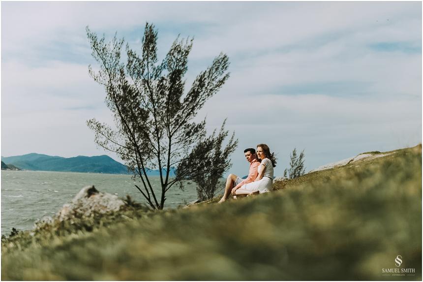 book-pre-casamento-noivos-fotos-de-casal-pre-wedding-guarda-do-embau-laguna-sc-fotografo-samuel-smith-19