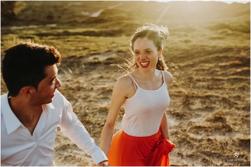 book-pre-casamento-noivos-fotos-de-casal-pre-wedding-guarda-do-embau-laguna-sc-fotografo-samuel-smith-32