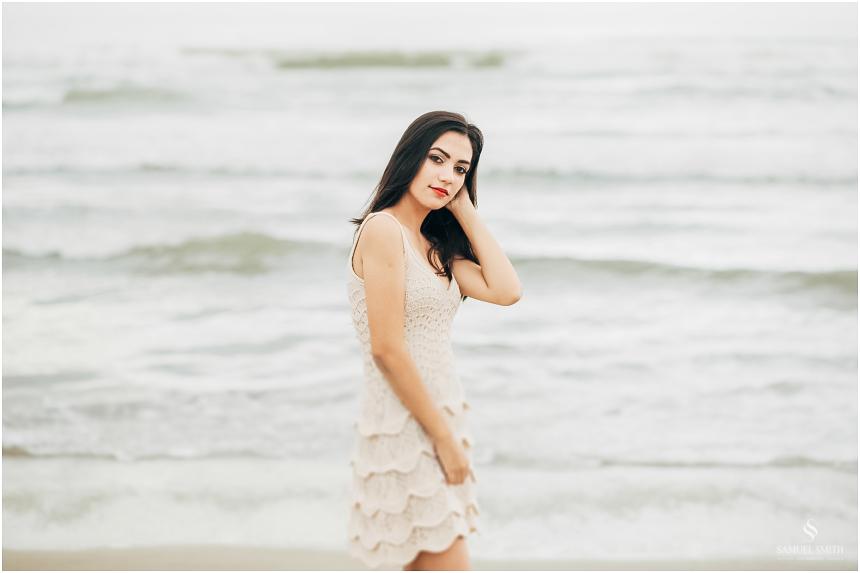book de 15 anos fotos em laguna sc fotógrafo samuel smith ensaio de 15 anos praia (25)