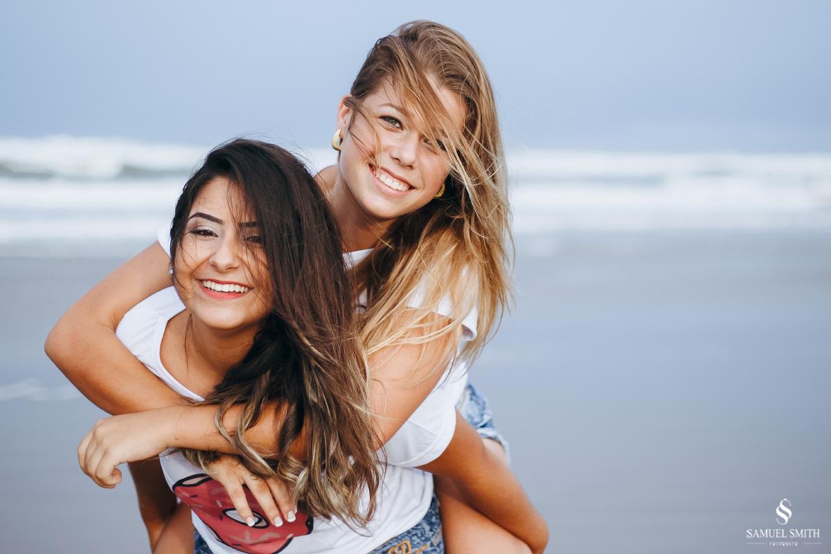 book de 15 anos amigas ensaio fotográfico melhores amigas fotos praia laguna (33)