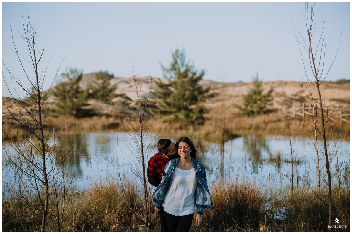 book casal laguna sc ensaio fotográfico namorados sessão de fotos praia farol de santa marta fotógrafo samuel smith (16)