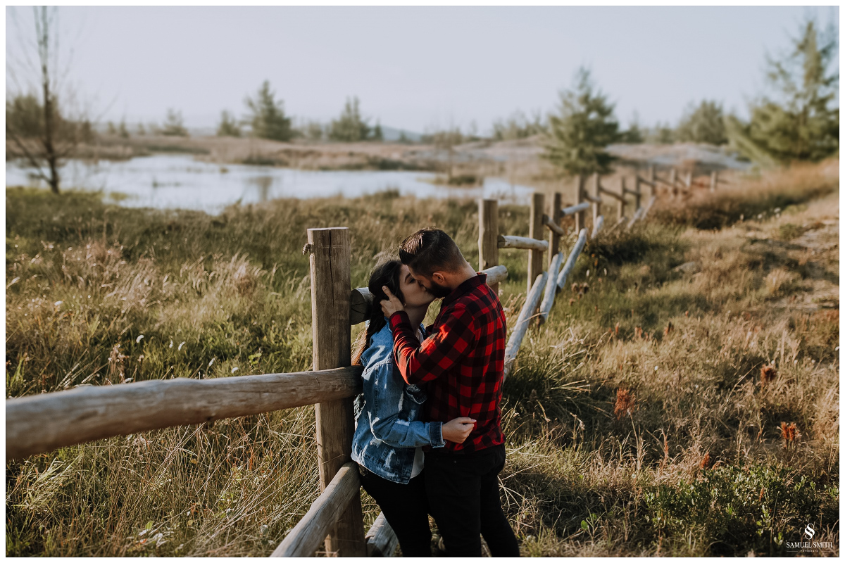 book casal laguna sc ensaio fotográfico namorados sessão de fotos praia farol de santa marta fotógrafo samuel smith (23)