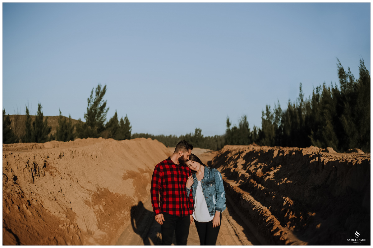 book casal laguna sc ensaio fotográfico namorados sessão de fotos praia farol de santa marta fotógrafo samuel smith (4)