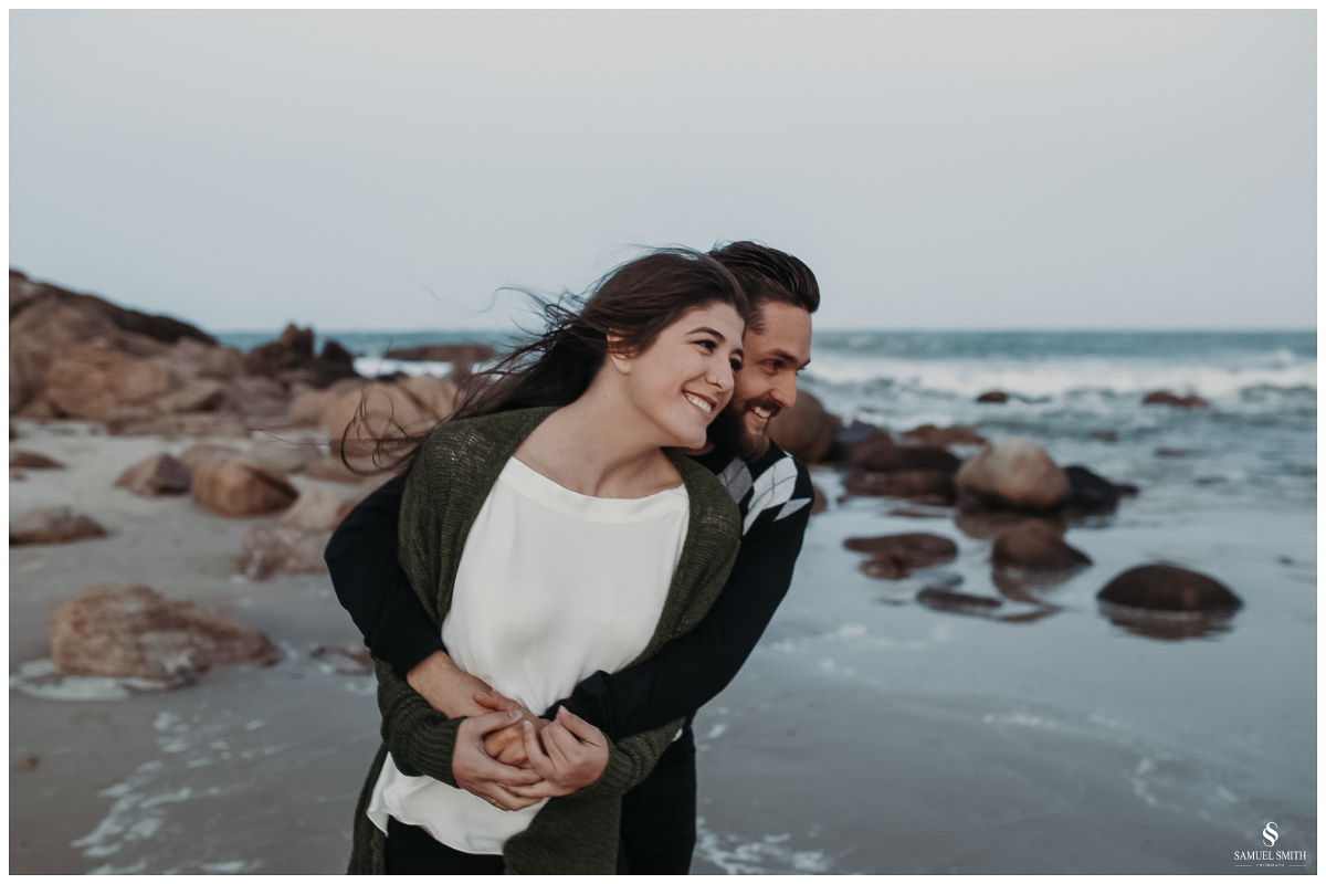 book casal laguna sc ensaio fotográfico namorados sessão de fotos praia farol de santa marta fotógrafo samuel smith (57)