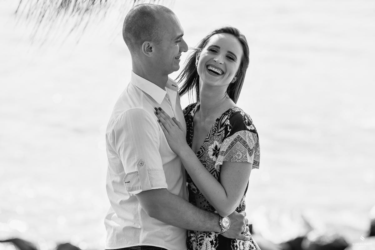 ensaio fotográfico casal pré casamento florianópolis sc praia da armação ribeirão da ilha fotos fotógrafo samuel smith (4)