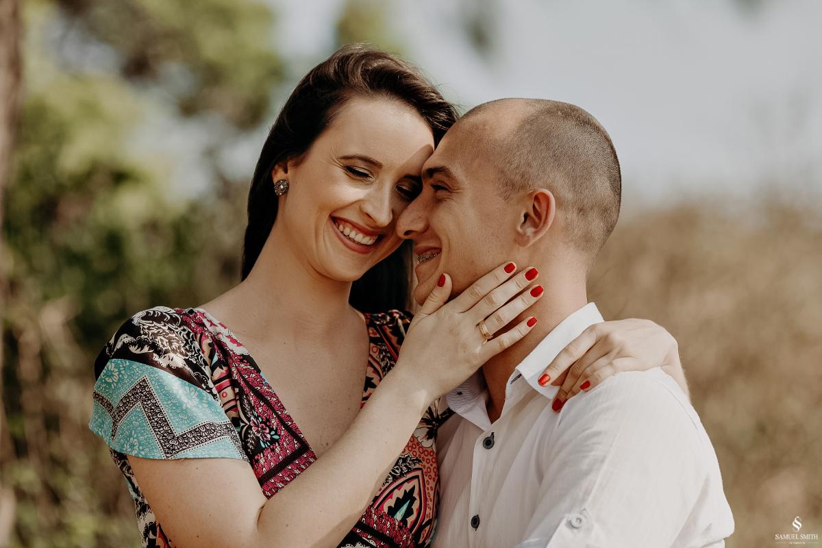 ensaio fotográfico casal pré casamento florianópolis sc praia da armação ribeirão da ilha fotos fotógrafo samuel smith (7)