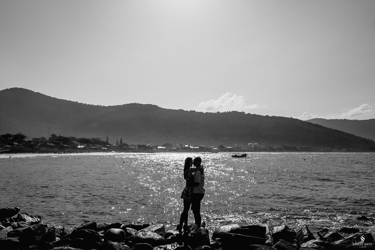 ensaio fotográfico casal pré casamento florianópolis sc praia da armação ribeirão da ilha fotos fotógrafo samuel smith (8)