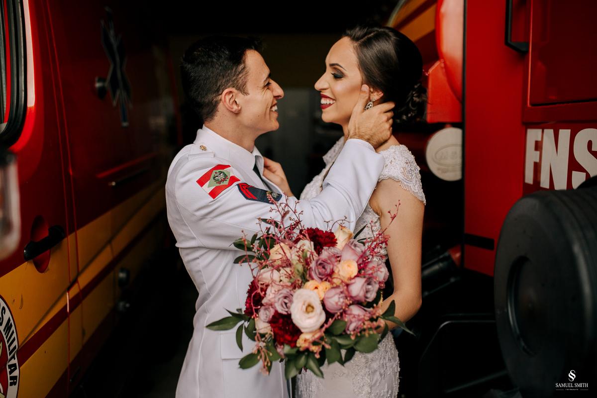 casamento ensaio fotográfico florianópolis praia da joaquina bombeiros floripa book casal noivos fotógrafo (1)