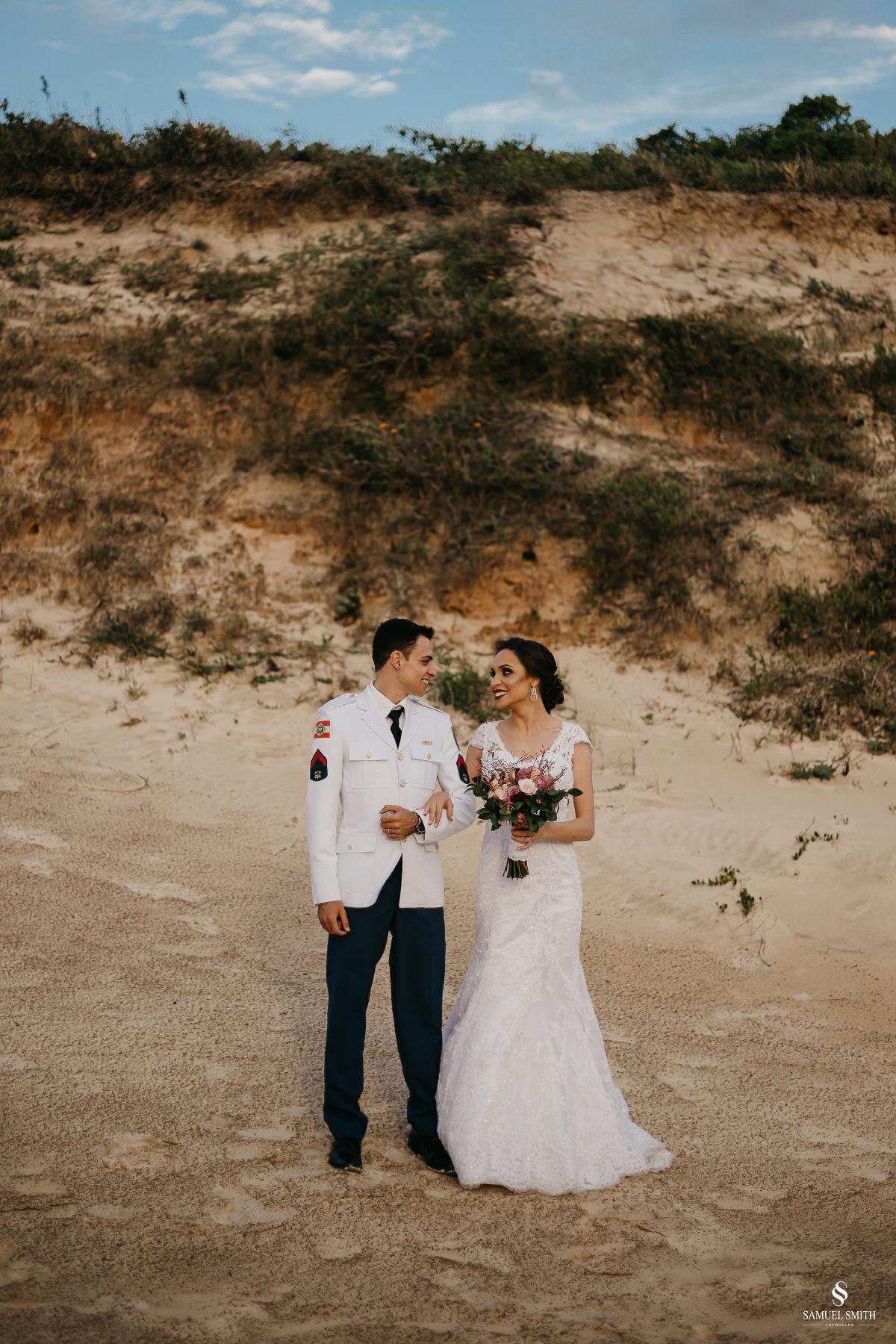casamento ensaio fotográfico florianópolis praia da joaquina bombeiros floripa book casal noivos fotógrafo (12)