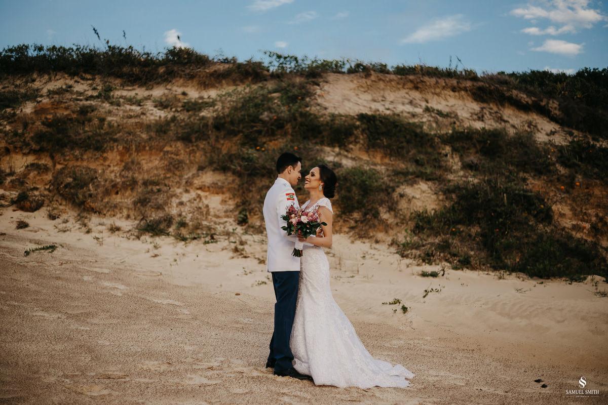 casamento ensaio fotográfico florianópolis praia da joaquina bombeiros floripa book casal noivos fotógrafo (13)