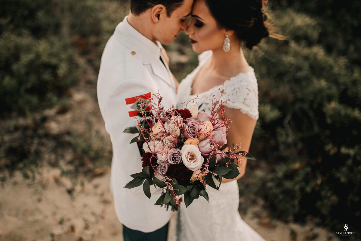 casamento ensaio fotográfico florianópolis praia da joaquina bombeiros floripa book casal noivos fotógrafo (19)