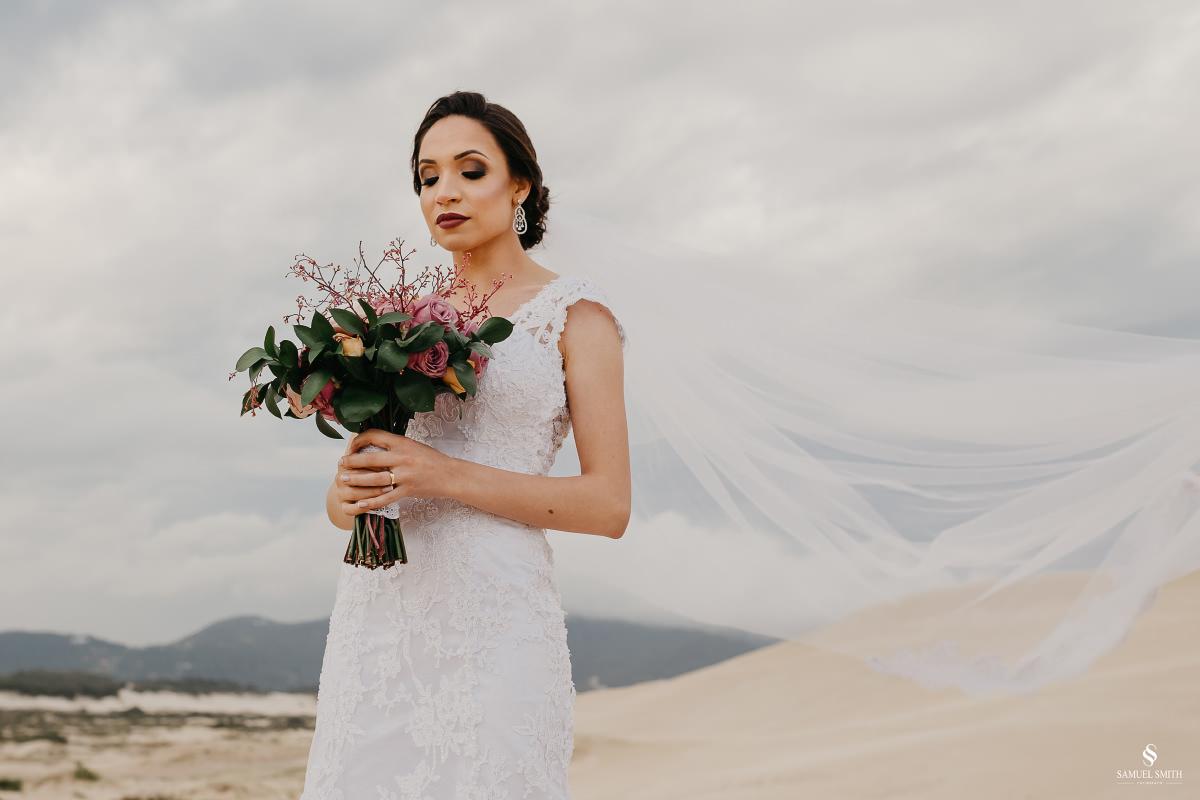 casamento ensaio fotográfico florianópolis praia da joaquina bombeiros floripa book casal noivos fotógrafo (24)