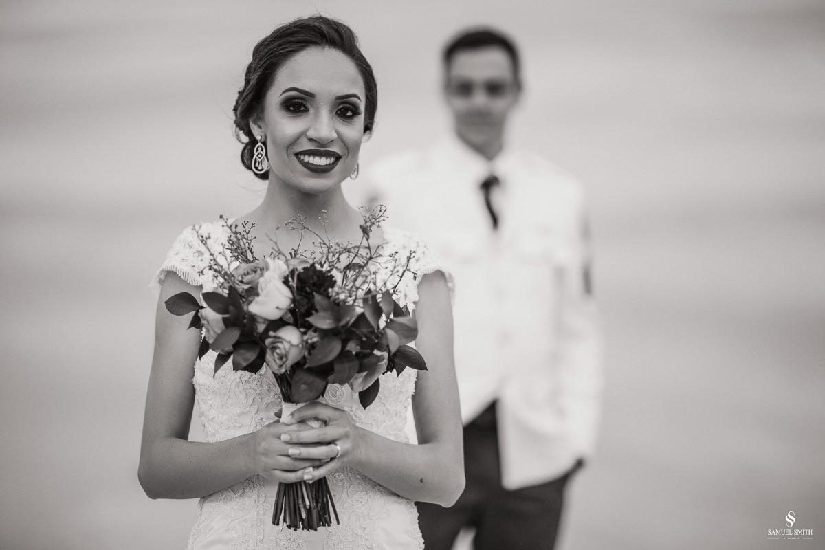 casamento ensaio fotográfico florianópolis praia da joaquina bombeiros floripa book casal noivos fotógrafo (27)