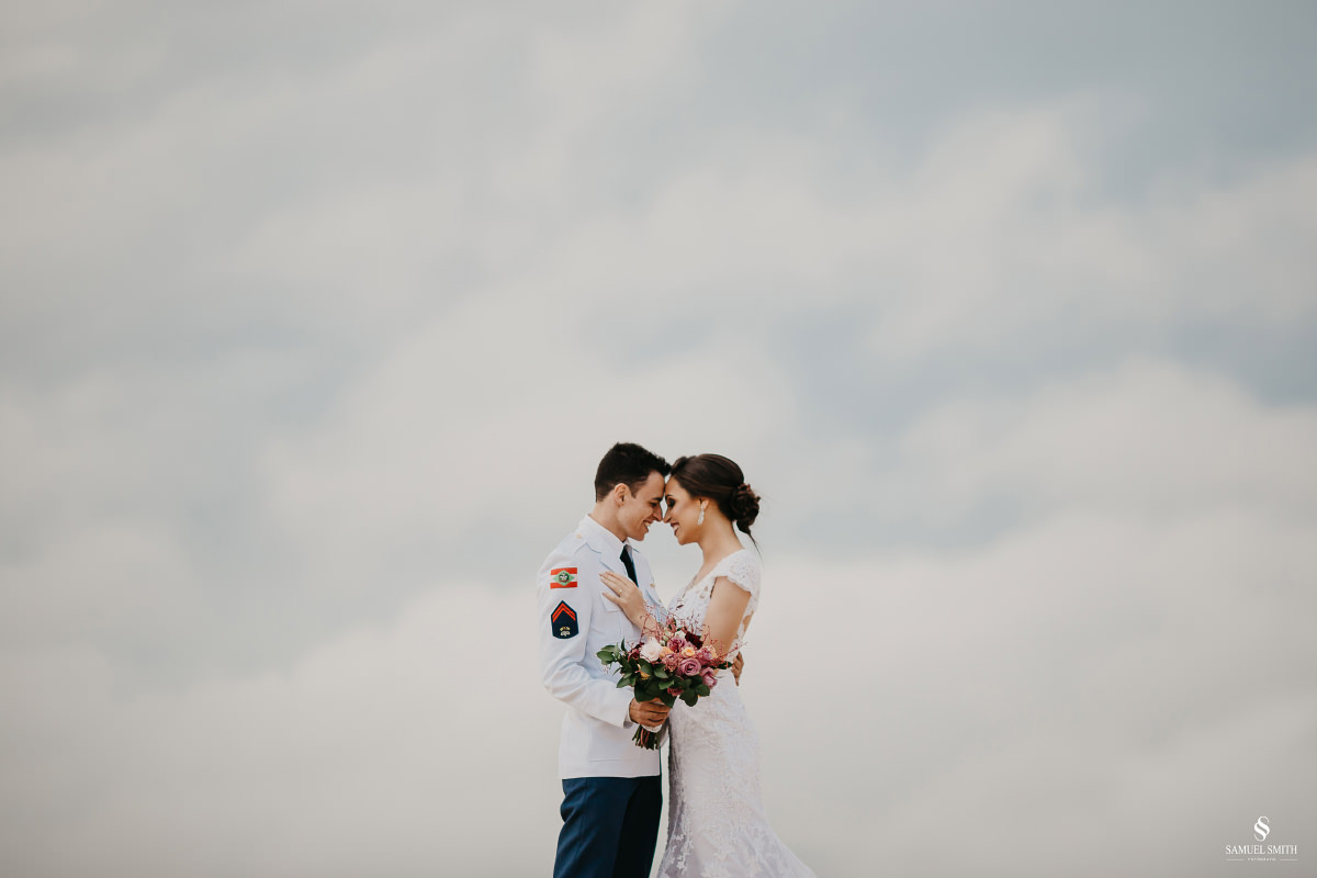 casamento ensaio fotográfico florianópolis praia da joaquina bombeiros floripa book casal noivos fotógrafo (29)
