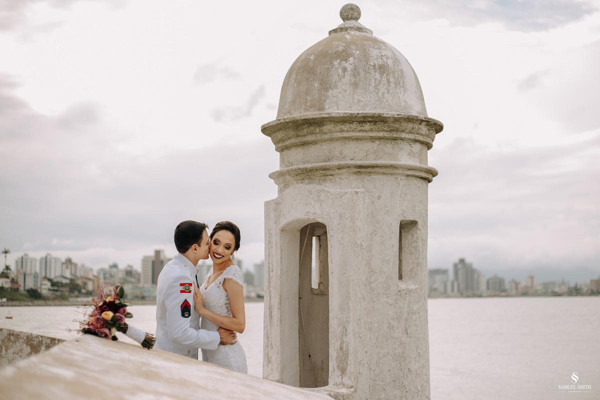 casamento ensaio fotográfico florianópolis praia da joaquina bombeiros floripa book casal noivos fotógrafo (4)