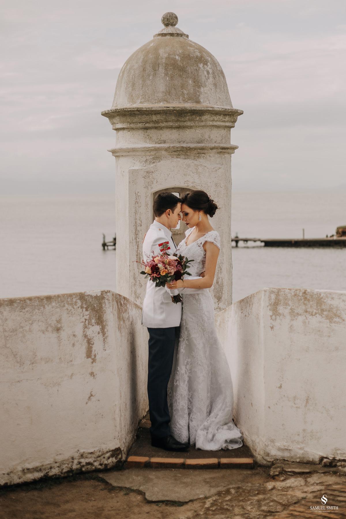 casamento ensaio fotográfico florianópolis praia da joaquina bombeiros floripa book casal noivos fotógrafo (8)